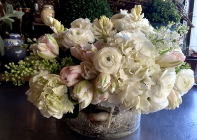 centerpiece-pink-white-roots